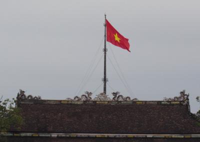 hue-citadela-imperial-vietnam-flag-bandeira-vietna