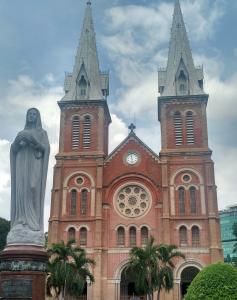 Catedral de Notre Dame em Saigon - Cidade de Ho Chi Minh - Vietnã. O que fazer em Saigon, Vietnam.
