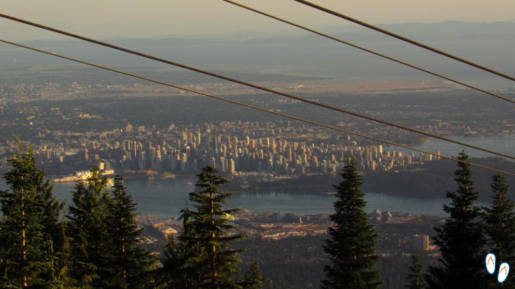 Vista de cima da Grousa Mountain, em Vancouver