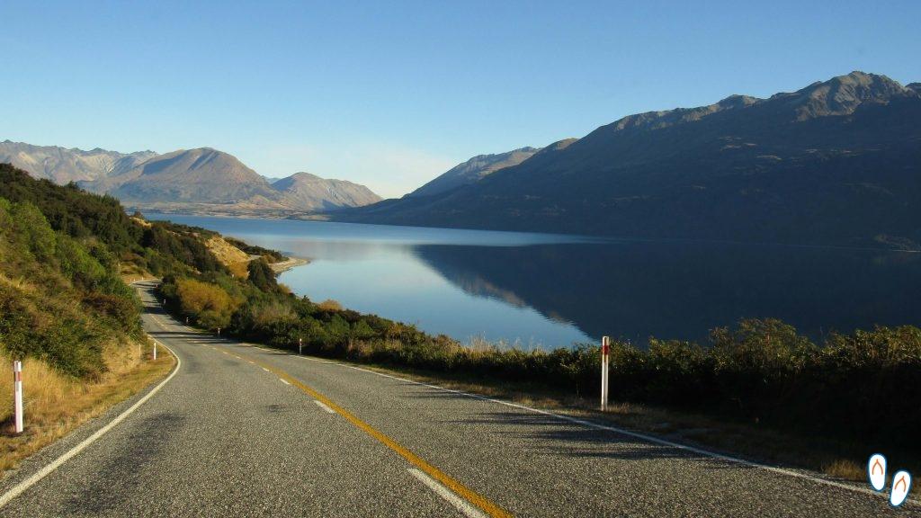 Road trip na Nova Zelândia: estrada de Glenorchy a Queenstown.