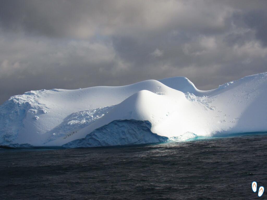 Iceberg gigante na Antártida
