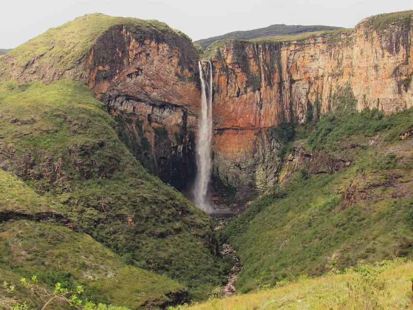 Cachoeira do Tabuleiro, uma das maiores cachoeiras do Brasil