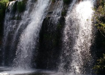 delfinopolis-cachoeira-gruta-novo