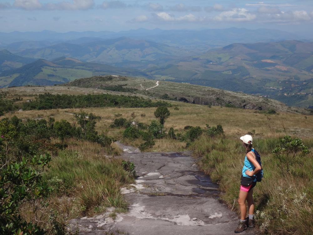 Trilha para a Janela do Céu, em Ibitipoca, Minas Gerais