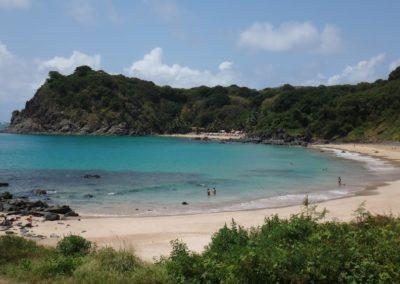 praia-do-meio-noronha
